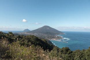 春の海風と自然を感じる、ゆったり八丈島の旅へ