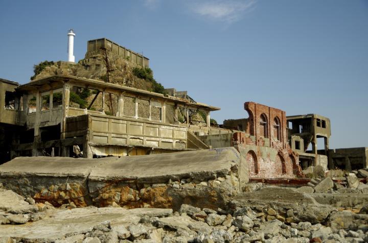 炭鉱で栄えた島は何でも揃う、最先端の街でした