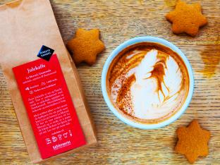 北欧オスロのカフェでクリスマスコーヒーをお土産に