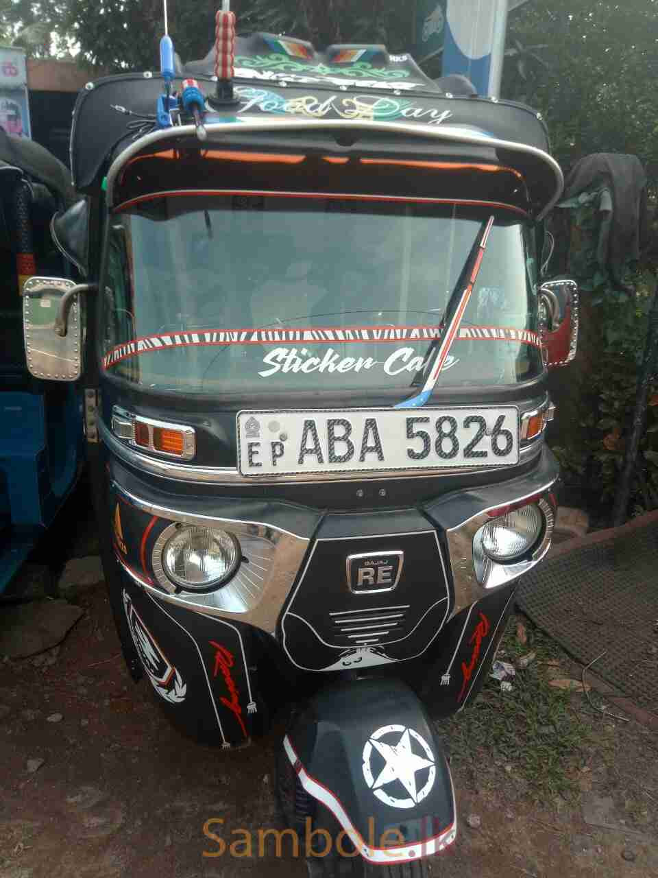 Bajaj three wheeler 2015