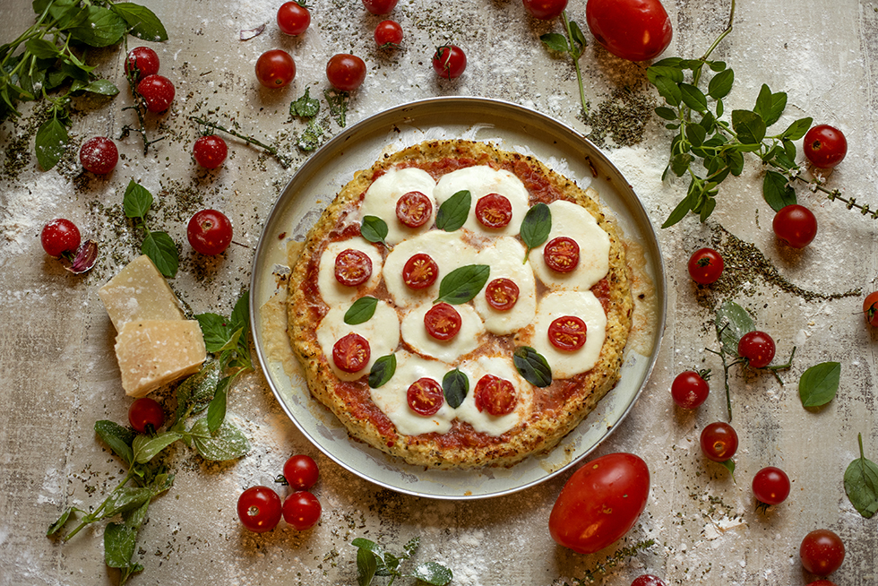 Pizza Margherita com Massa de Couve-Flor