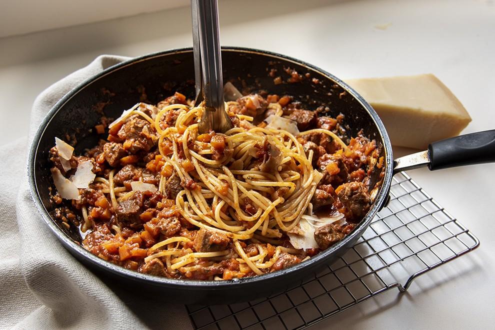 Espaguete  ao Ragu de Pernil