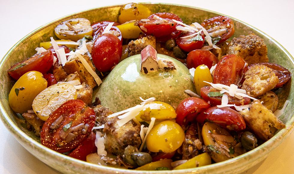 Salada Toscana de Tomates com Croutons de Ciabatta