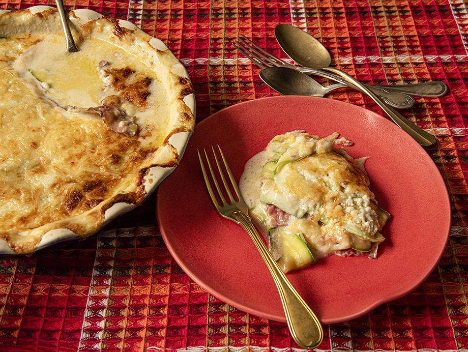 Lasanha de Abobrinha com Pastrami e Queijo Emmental