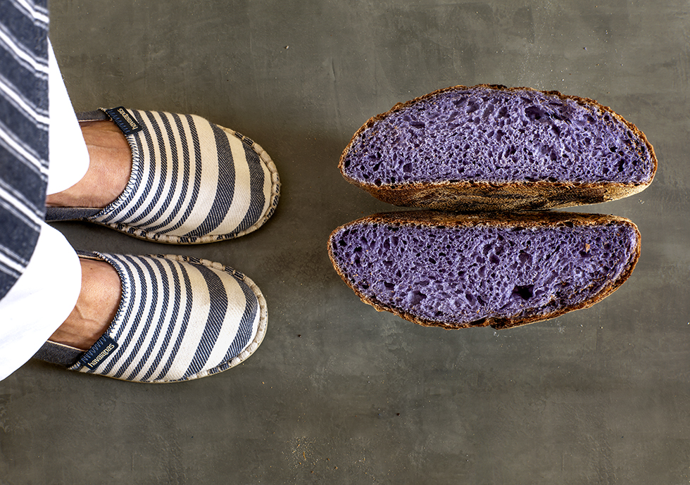 Pão de Chá Azul (Butterfly Pea)
