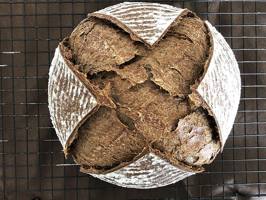 Pão de Chocolate com Levain