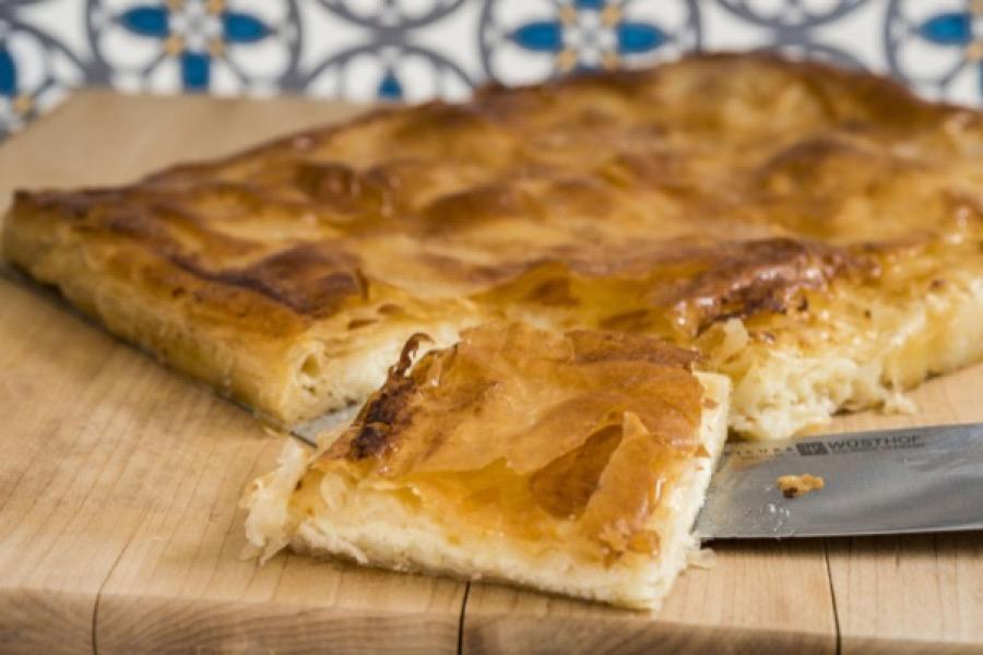 Torta de Massa Folhada com Recheio de Ricota e Queijo Cabra