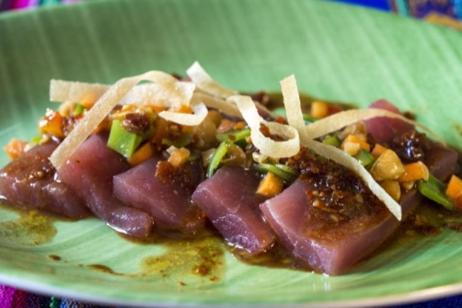 Ceviche de Atum Oriental com Abacate