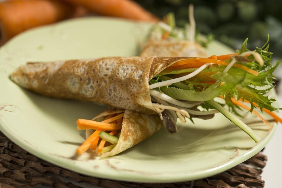 Temaki de Crepe Recheado com Vegetais e Tofu