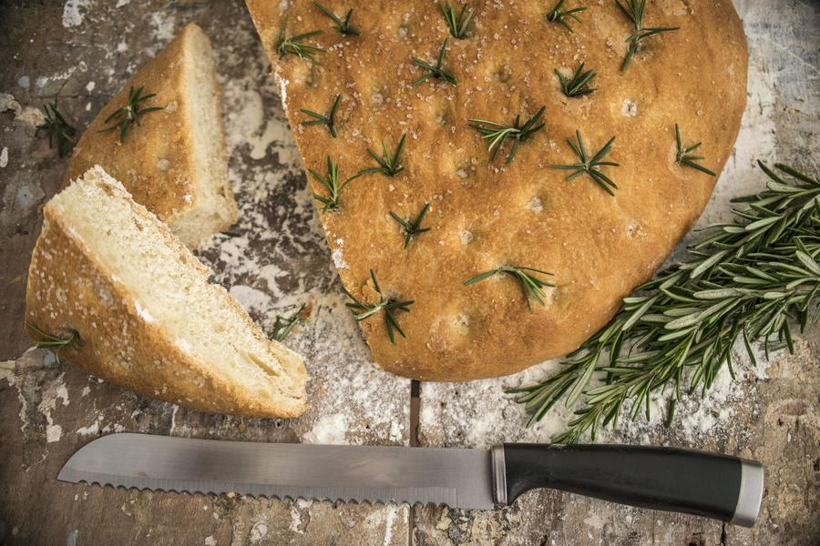 Focaccia (Pão Rústico Ancestral da Nossa Pizza)