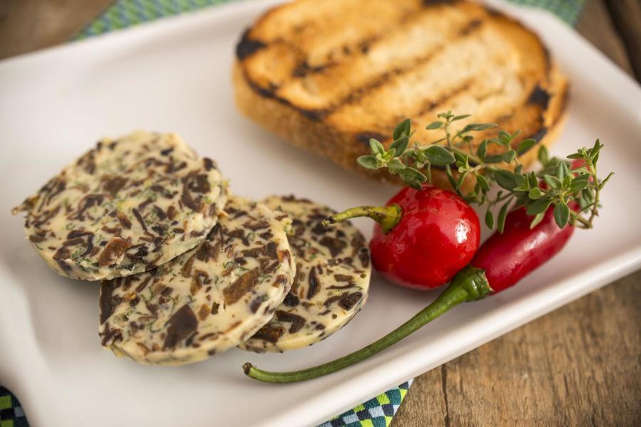 Manteiga Aromática com Porcini, Sálvia e Laranja