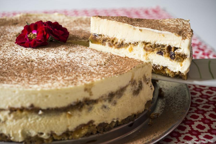 Frozen Tiramisu Cake