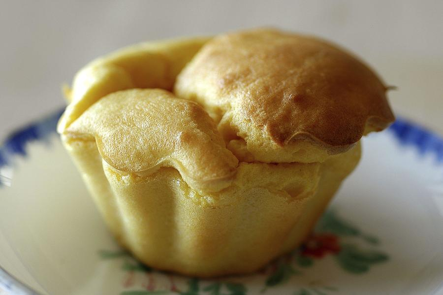 Broa de Fubá - ao invés de pingar a massa no tabuleiro, usei formas de muffin