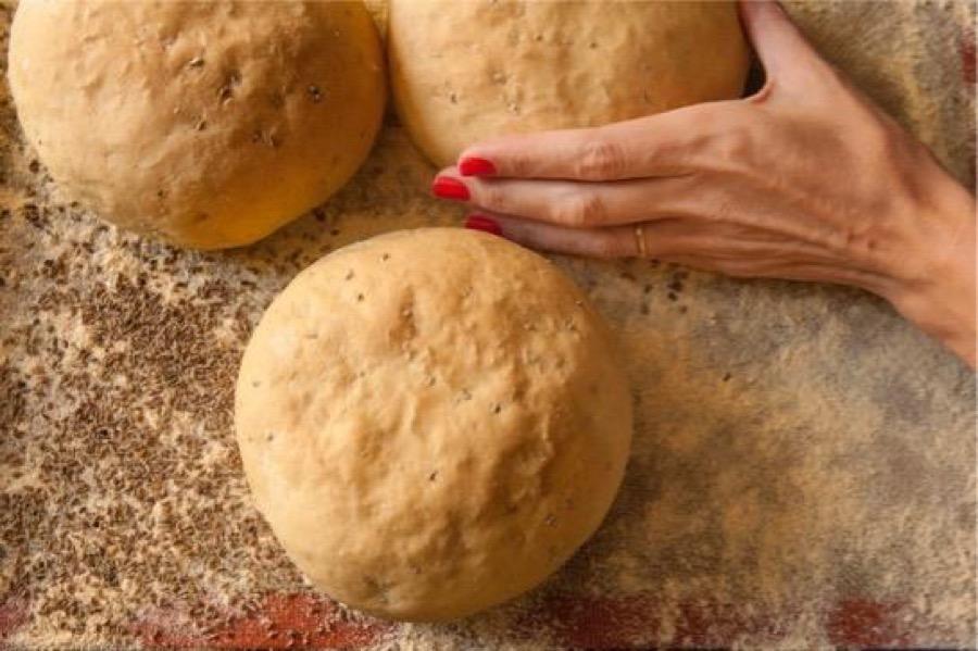 Pão de Erva-Doce e Açafrão