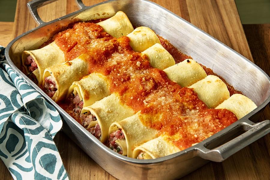 Cannellone de Linguiça e Queijo