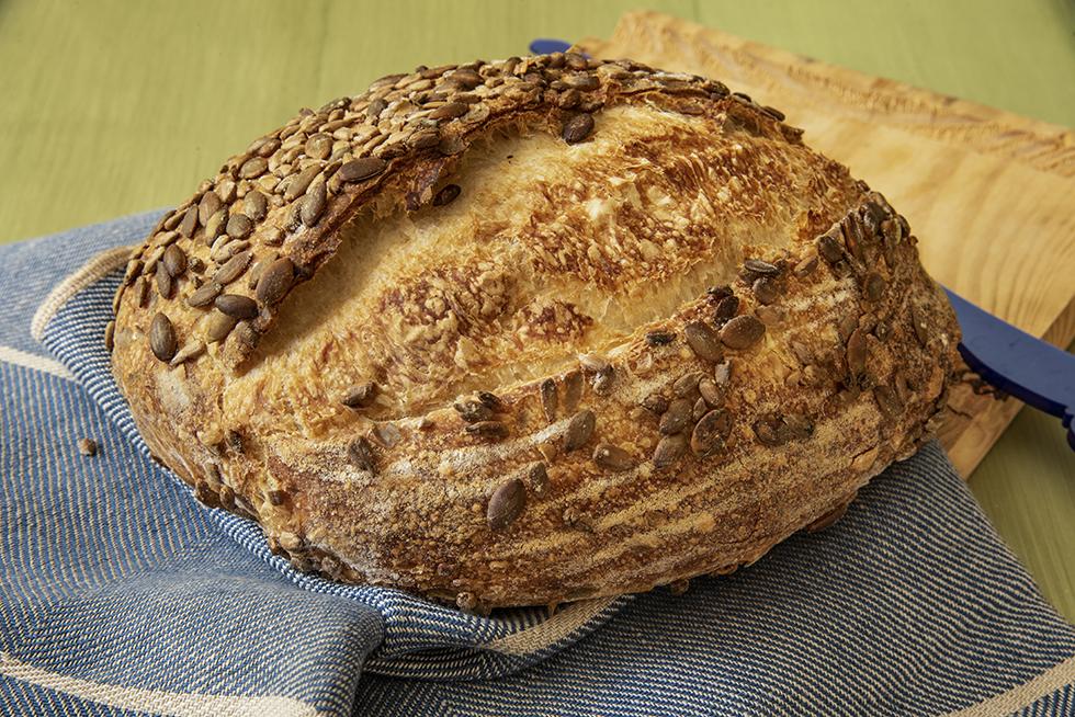 Pão com Crosta de Sementes