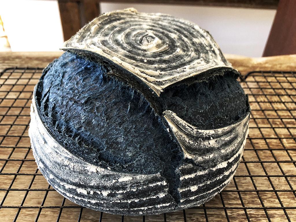 Pão de Levain com Jenipapo