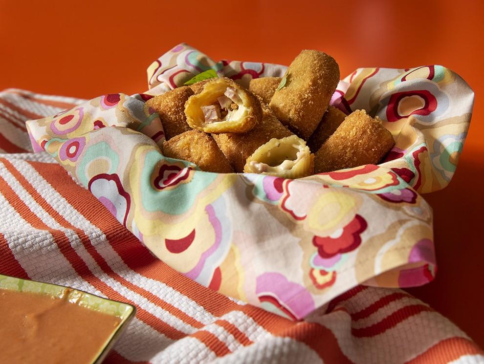 Rigatoni Frito com Recheio de Mussarela e Presunto
