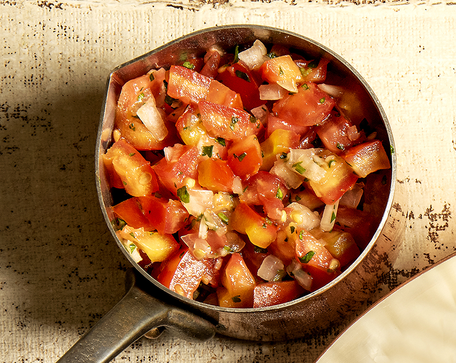 Salada de Tomate e Coentro