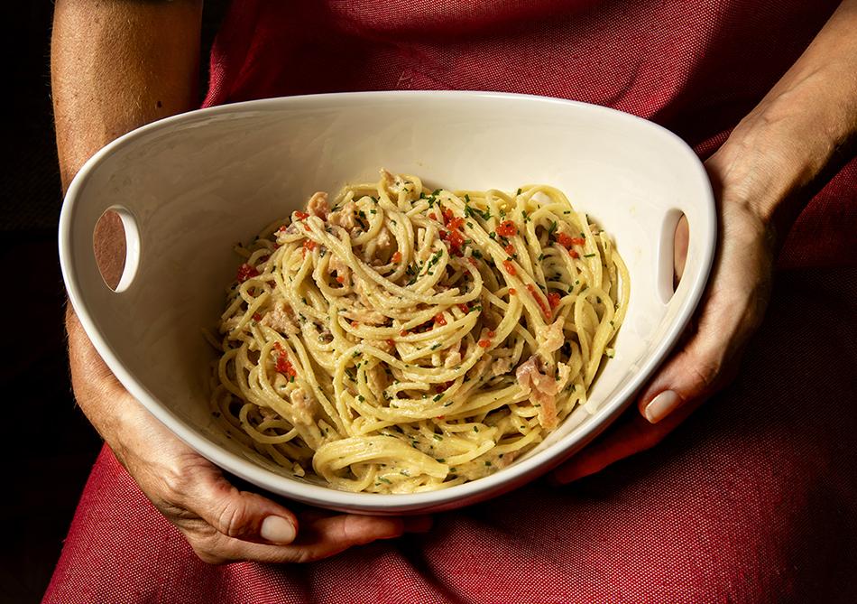 Spaghetti Alfredo com Salmão Defumado