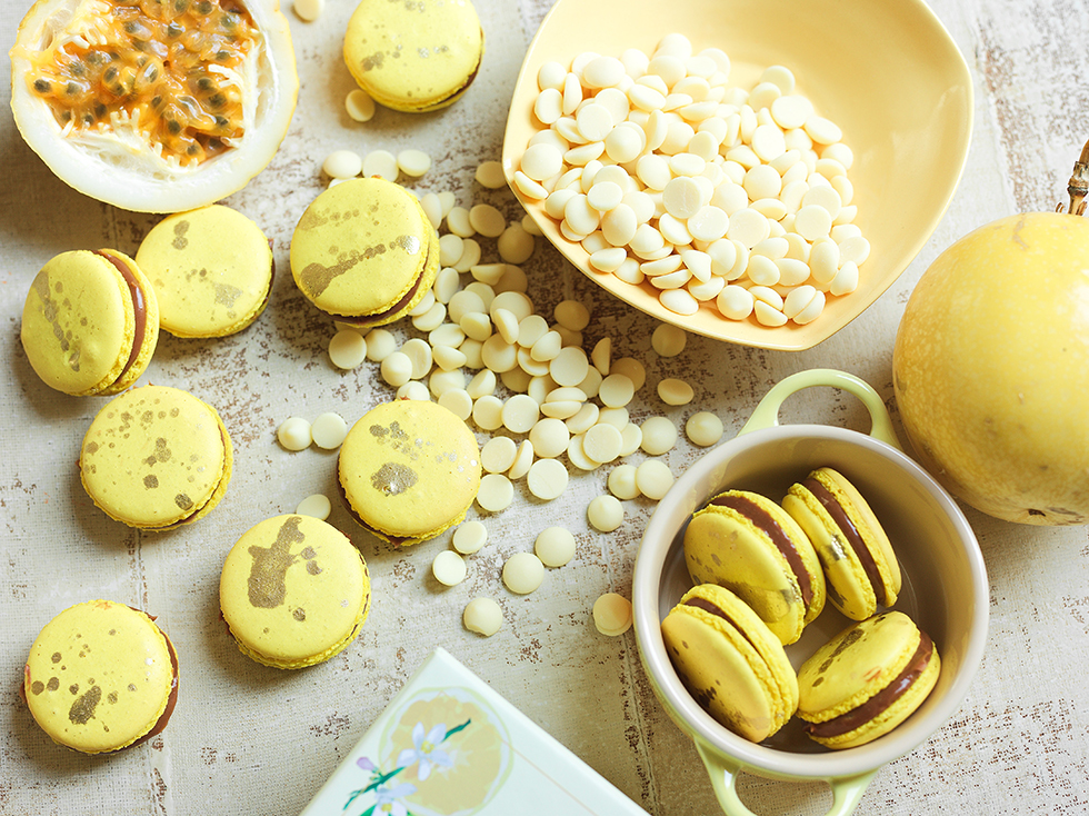 Macaron com Recheio de Chocolate ao Leite e Maracujá