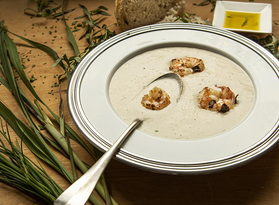 Sopa Thai de Palmito e Camarão