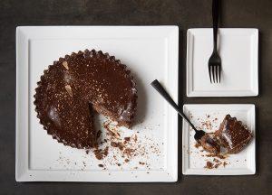 Torta de Chocolate com Geleia de Cupuaçu