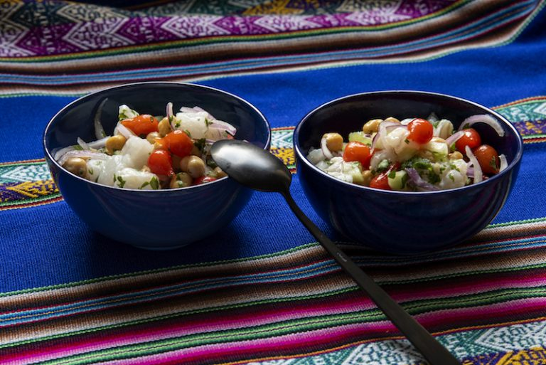 Ceviche de Peixe Achatado, Grão-de-Bico com Mel de Gengibre