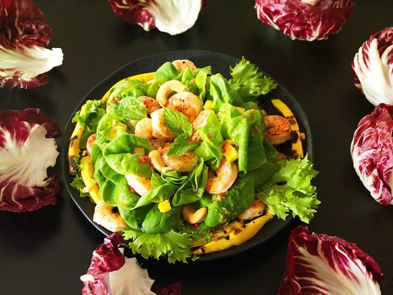 Salada de Camarão com Manga e Castanha