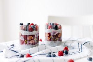 Chia Pudding com Coulis de Frutas Vermelhas