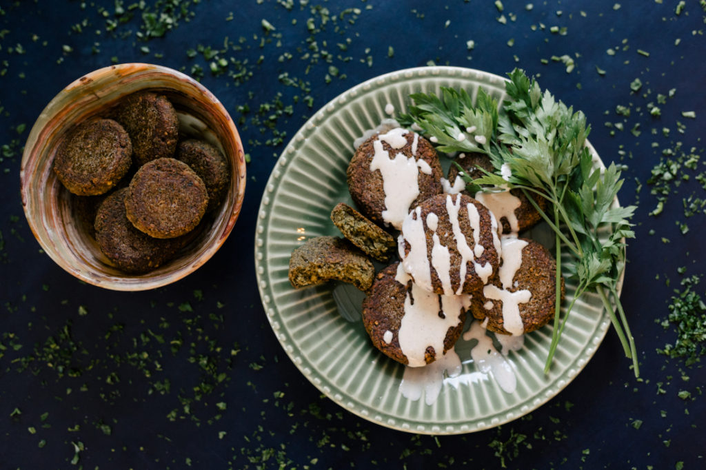 Falafel com Molho de Tahine