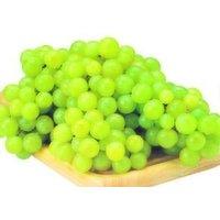 Fresh White/Green Grapes, 0.25 Pound