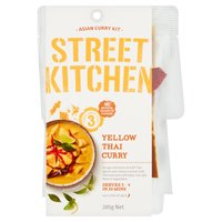 Street Kitchen Asian Curry Kit Yellow Thai Curry 285g