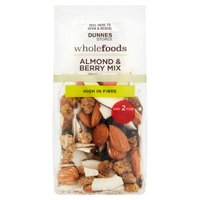 Dunnes Stores Wholefoods Almond & Berry Mix 100g