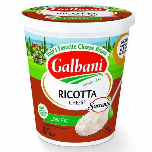 <ul> <li>Authentic Italian Taste</li> <li>Deli Style</li> <li>100% Natural</li> </ul>