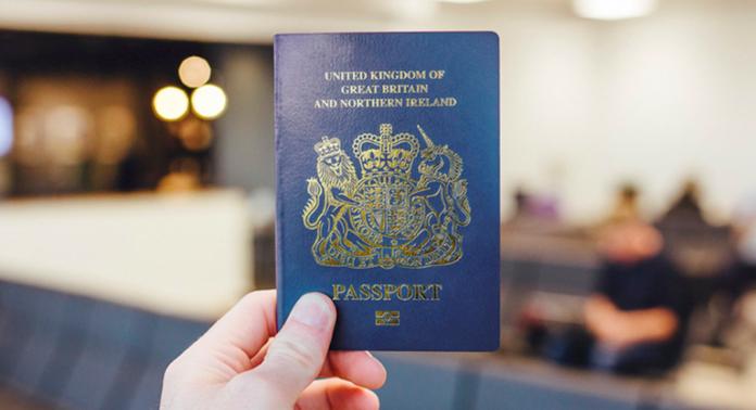 38f2441c6b9a Les nouveaux passeports britanniques post-Brexit seront fabriqués par une  société… française, dont le siège est à Amsterdam, aux Pays-Bas !
