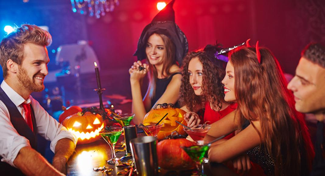Halloween dans un bar
