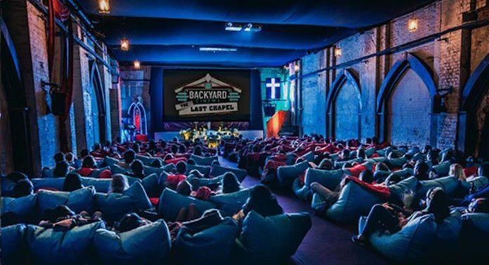 Backyard Cinema, Noël