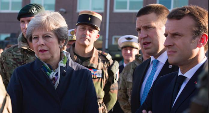 Macron et May dans la Somme pour l'Armistice