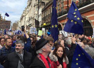 marche brexit londres manifestants