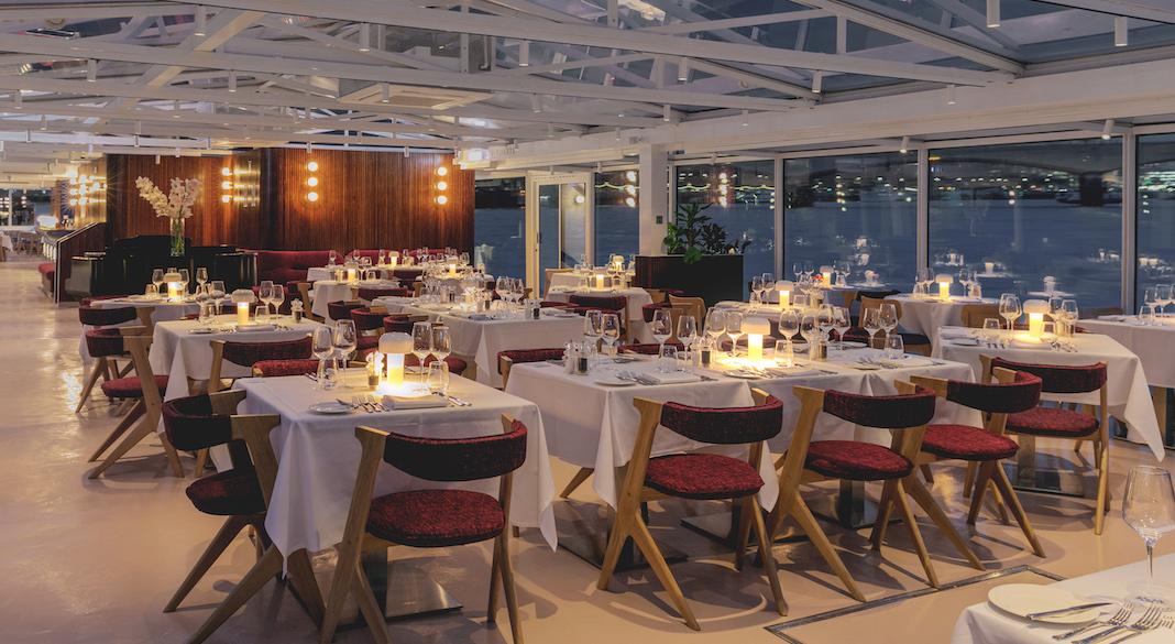 bateaux london salle diner croisiere tamise