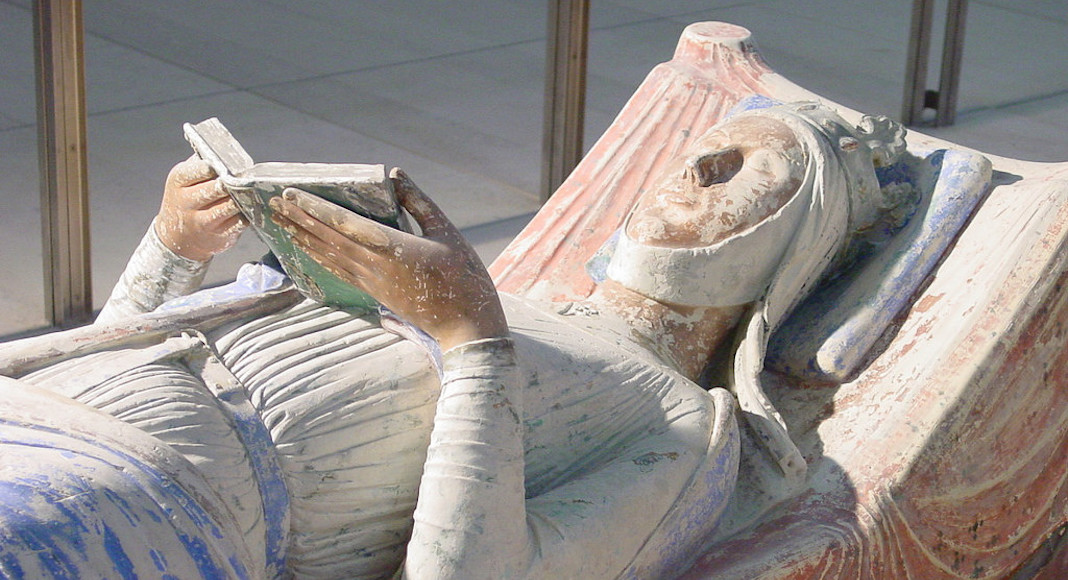 Alienor d'Aquitaine femmes histoire