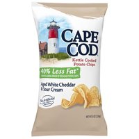 Kettle cooked potato chips. All natural. Gluten free. No preservatives. 100% canola oil. Kosher dairy.