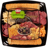 Individually packaged for freshness. Peloponnese country pitted olive mix 7.75 oz. Hormel hard salami 6 oz. Sargento sliced colby jack cheese 6 oz. Sargento sliced pepper jack cheese 6 oz. Keebler town house crackers 8 oz.