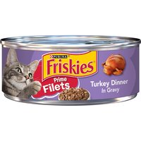 Entice your cat to her bowl with the shredded chunks of real turkey in Purina Friskies Prime Filets Turkey Dinner in Gravy adult wet cat food. Essential vitamins and minerals help support her health.