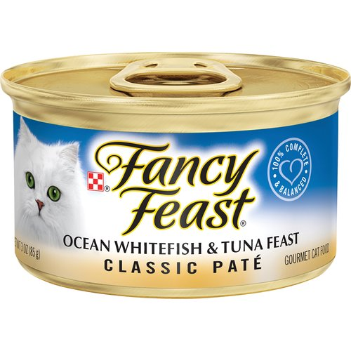 Deliver extraordinary taste to your cat's dish with Purina Fancy Feast Classic Ocean Whitefish & Tuna Feast wet cat food. Ocean whitefish and tuna offer delicious flavor in every tender bite.