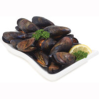 454 g of Frozen Packaged Mussels. Great in White Wine Sauce.