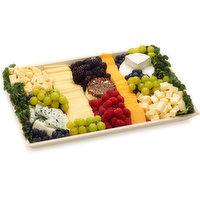Urban Fare Urban Fare - Cheese & Fruit Platter Regular, 1 Each
