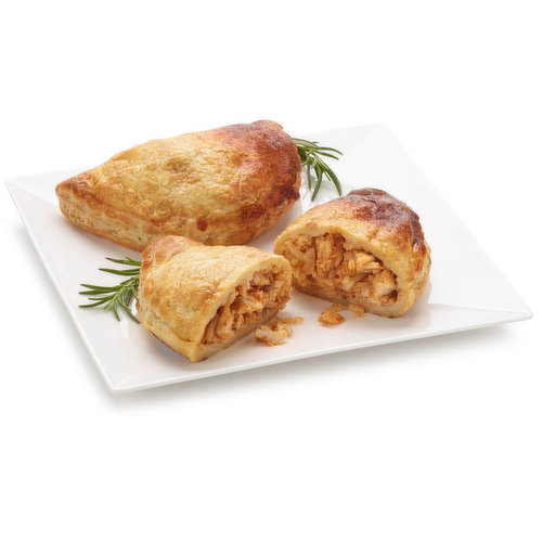 Double smoked chicken breast, ranchero beans with Mexican rice baked in a buttery puff pastry.