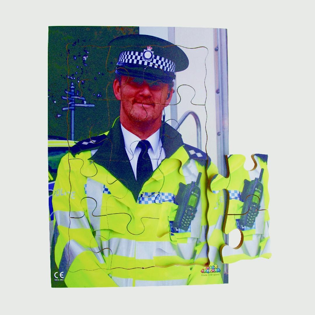Policeman Tray Puzzle (12pcs)